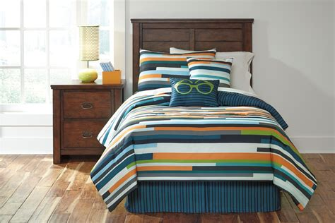 stripe twin comforter seventy stripe twin size bedding set from ashley q114001t