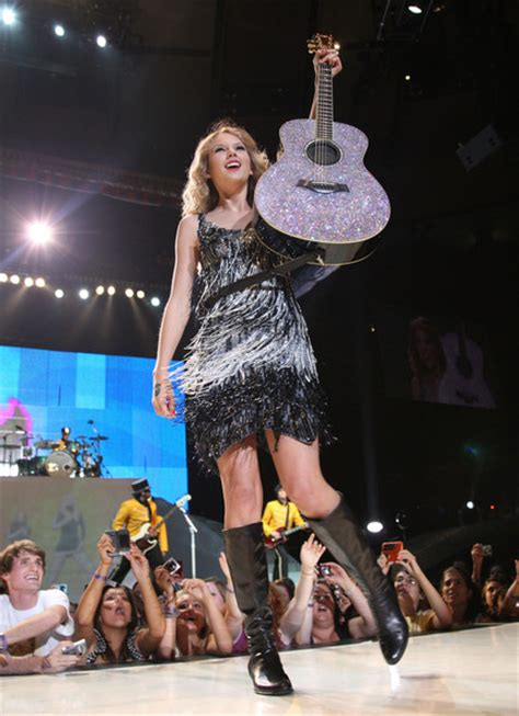 taylor swift fearless tour dress what are your favorite outfits she has worn on tour