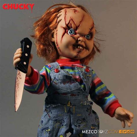 Mezco Child S Play Chucky 5 Inch Figure child s play chucky 15 mega scale scarred talking