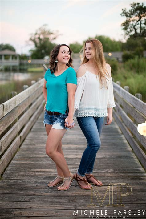 best friend poses posing with your bff michele parsley photography
