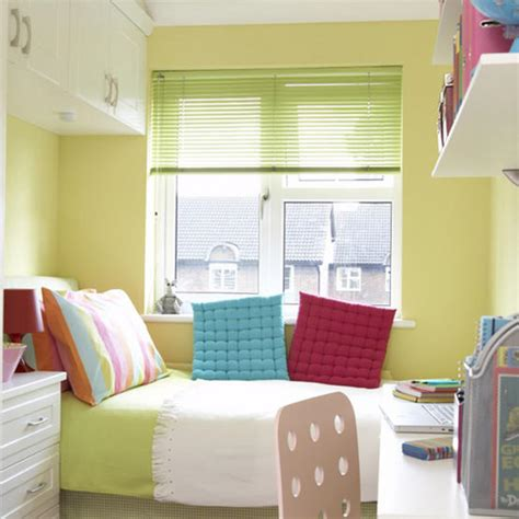 tiny room decor modern small bedroom decorating tips