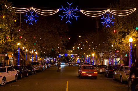 fourth street christmas lights berkeley 2018 holidays on 4th opening twinkling lights free drinks berkeley