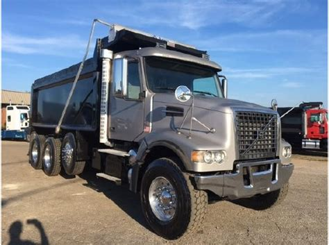 2010 volvo truck for sale 2010 volvo dump trucks for sale used trucks on buysellsearch