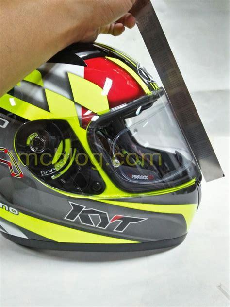 Harga Visor Clear Kyt R10 ini sinyalemen harga flat visor buat helm kyt r 10 rc7