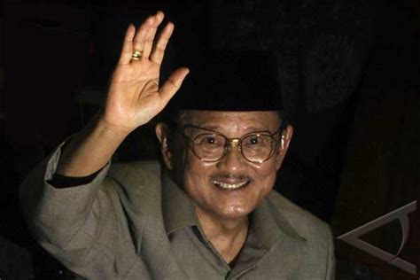 bj habibie putra garuda pictures news information from the web
