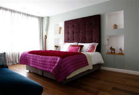 schlafzimmer klein ideen schlafzimmerwand gestalten wanddeko hinter dem bett
