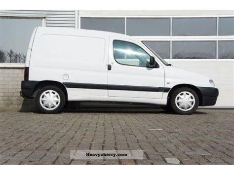 peugeot van 2000 peugeot partner 170c 1 9dsl 2000 box type delivery van