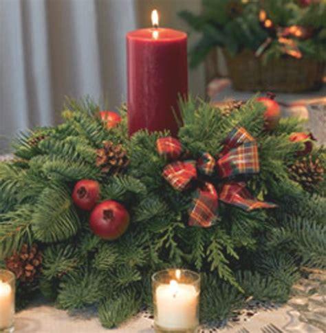 como hacer un arreglo de esferas de flores ideas de centros de mesa para navidad