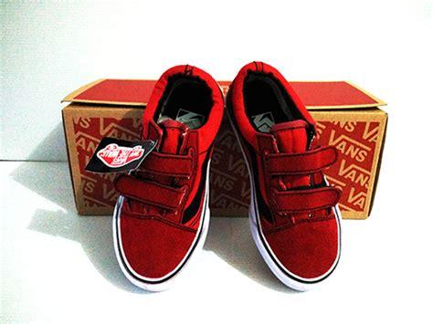 Sepatu Vans Warna Merah Marun sepatu vans warna merah tokobelibeli