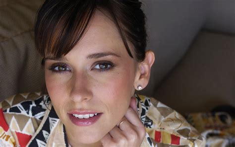 jennifer love hewitt wallpapers high quality