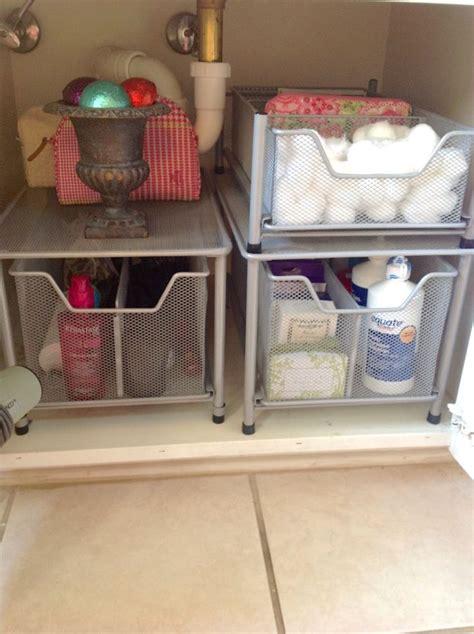 apartment bathroom storage ideas best 25 college apartment bathroom ideas on pinterest