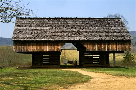 The Barn Hours Cantilever Barn