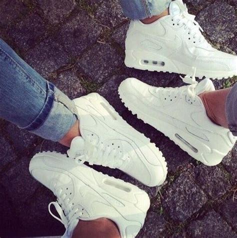 Schuhe Nike Air Max Big Kinder Air More Uptempo C 93 102 17 best ideas about nike air max white on