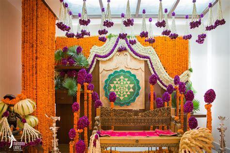 Glam Telugu Wedding With Shiny New Decor!   WedMeGood