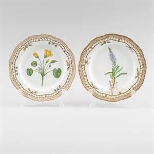 Ry Royal St Flora porslin 2 st quot flora danica quot royal copenhagen bukowskis market