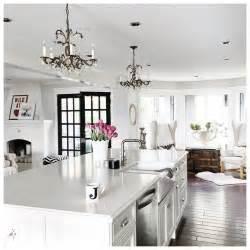 chandelier in the kitchen 25 best ideas about vintage chandelier on