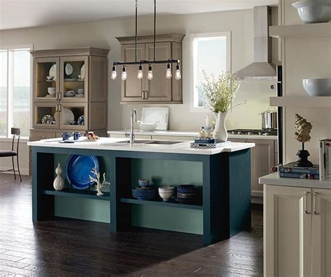 maple cabinet kitchen maple kitchen cabinets cabinetry