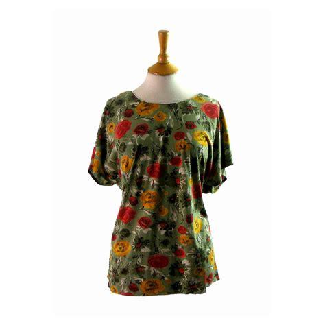 80s floral 80s floral print scoop neck t shirt 14 blue 17 vintage