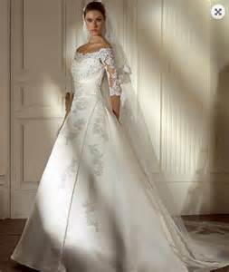 Gently used wedding dresses by vera wang1 latest fashion styles for