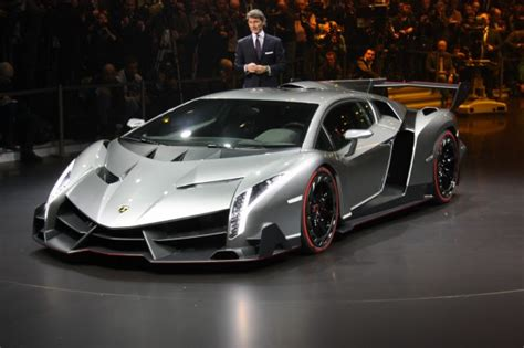 Million Dollar Lamborghini Model Lamborghini Veneno Worth 3 9 Million Is Sold Out