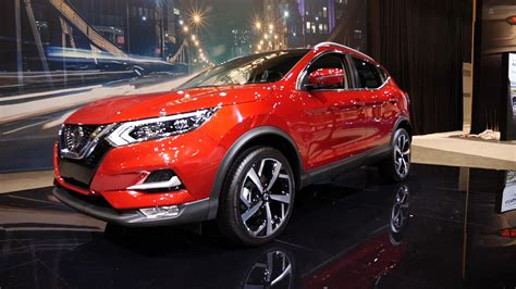nissan rogue sport brings  fresh face  chicago
