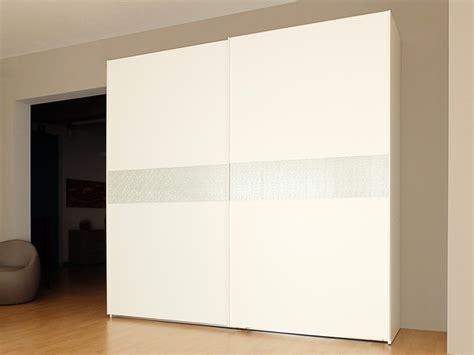 armadio frassino bianco armadio 2 ante scorrevoli bianco frassino con cassettiera