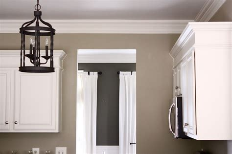i want to paint my kitchen cabinets white solved what color should i paint my kitchen with white