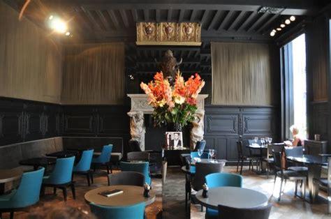 cafe near design museum top 10 museum mayer van den bergh附近最佳餐廳