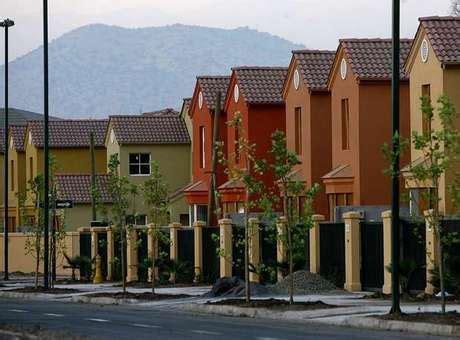 imagenes viviendas urbanas bachelet entreg 243 5 000 casas a familias de clase media