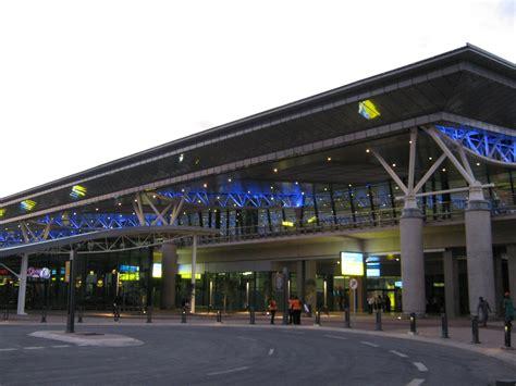 avis king shaka airport sa airports