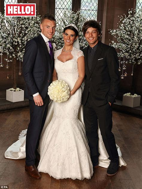 Picture Of Smart Engagement Rings At Sterns by One Direction S Louis Tomlinson Poses Alongside Leicester