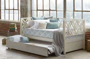 Daybed With Trundle 8 Dreamy Daybeds That Do Duty As Seating