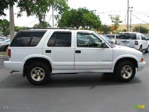 summit white 2000 chevrolet blazer trailblazer exterior