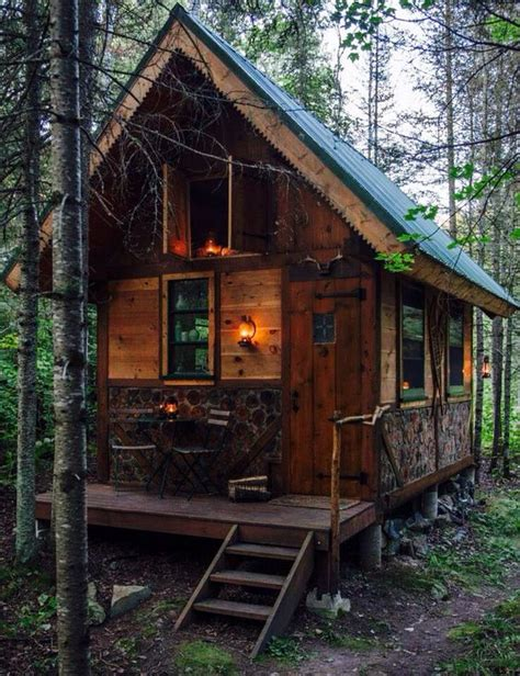 tiny cabins        small