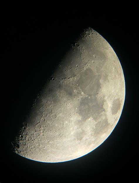 la luna en cuarto creciente las fases lunares se producen flickr