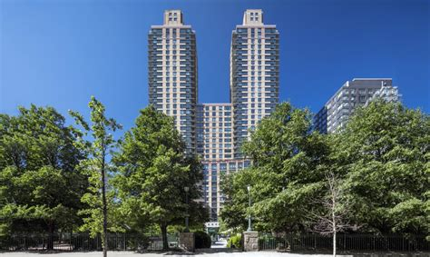 middle income housing nyc lottery opens for 50 middle income units at high end rental west end towers 6sqft