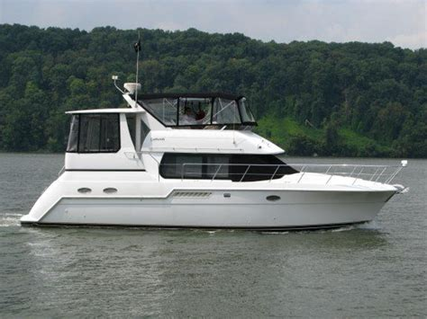 Cabin Boat For Sale by 1999 Carver 406 Aft Cabin Motor Yacht Power Boat For Sale