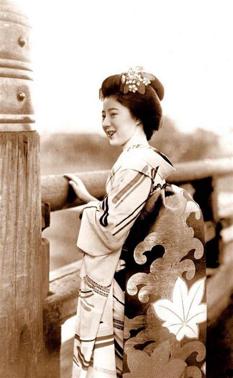 imagenes antiguas japonesas 昔の日本の芸者の貴重なカラー写真 15枚 china org cn