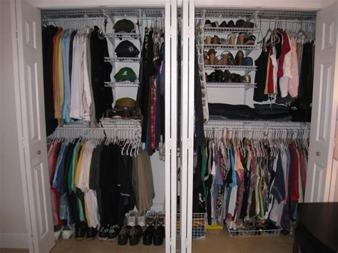 Closet Doors For Tight Spaces by Doors For Tight Spaces Best Ideas About Bifold Doors On Room With Doors For