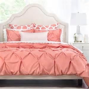 Cream Pintuck Duvet Cover En Iyi 17 Fikir Coral Bedding Pinterest Te Daire Yatak