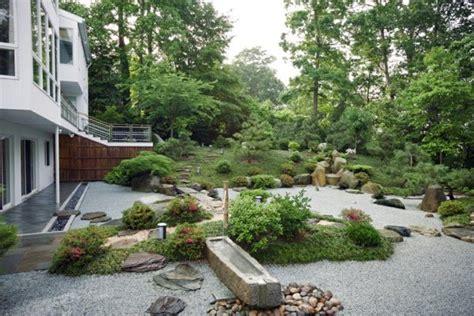 moderner steingarten steingarten vorgarten modern gartens max