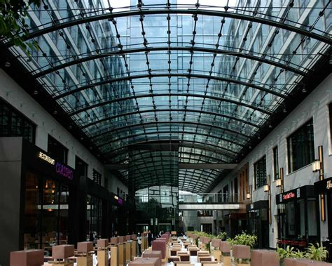 Bewerbung Maritim Hotel Glasdachkonstruktion Alu Metalllamellen Maritim