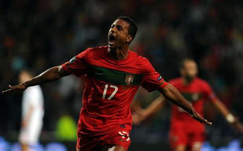 le joueur football les meilleurs joueurs du monde en fonds d 233 cran sports fonds d 233 cran gratuits by