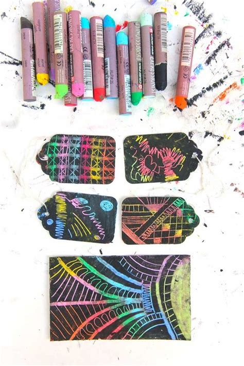 Make Your Own Scratch Paper - instant scratch pastel artesanato and crayons