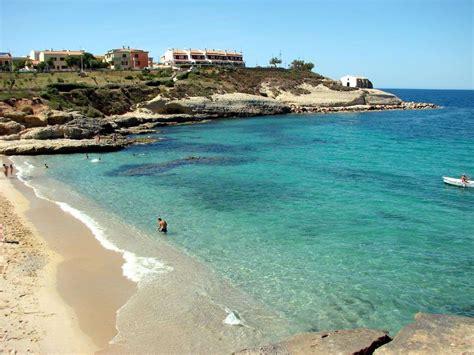 porto torres foto trova la spiaggia dei tuoi sogni italia sardegna