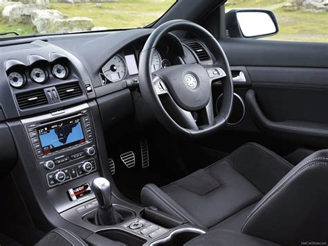 vauxhall vxr8 interior vauxhall vxr8 bathurst s 2009 picture 17 of 29