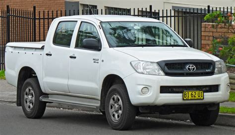Toyota Hilux 4 File 2010 Toyota Hilux Ggn25r Sr 4 Door Utility 2011 11