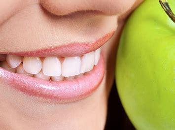 Membersihkan Karang Gigi Di Rumah Sakit tips cara membersihkan karang gigi secara alami sendiri sakit gigi