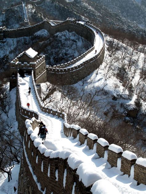 Buku Impor Great Wall China Against The World 1000 Bc Ad 2000 great wall world heritage site national geographic