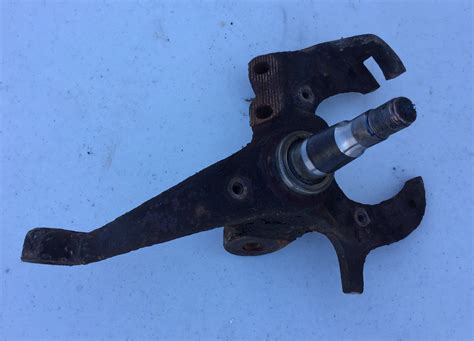 camaro spindles 82 92 camaro firebird front spindle driver side